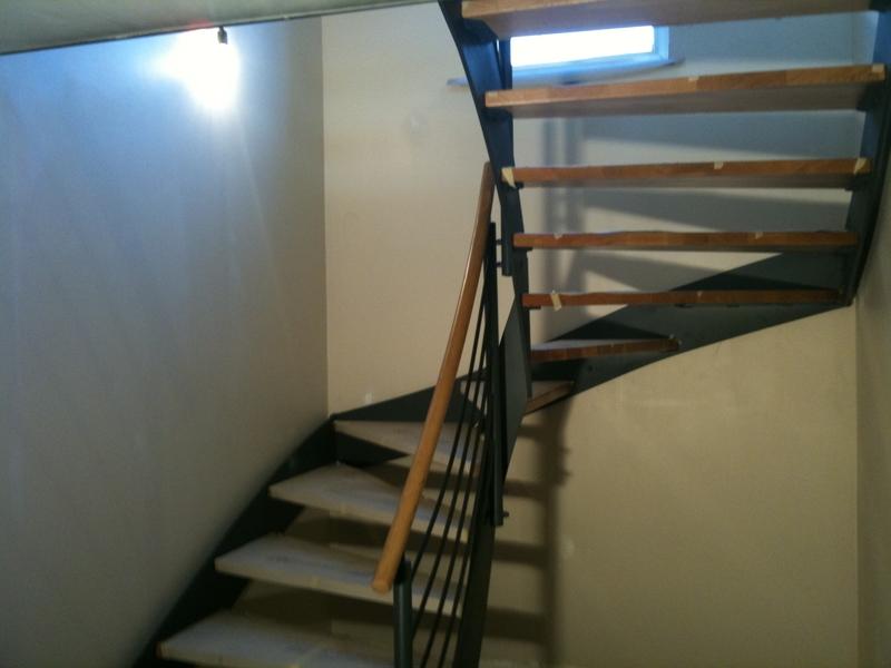 stahltreppe mit holzstufen preise dachgeschoss. Black Bedroom Furniture Sets. Home Design Ideas
